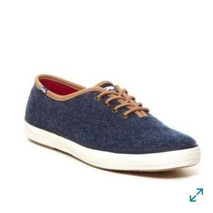 Keds Champion Felt Navy Blue Laceup Sneakers Sz 8